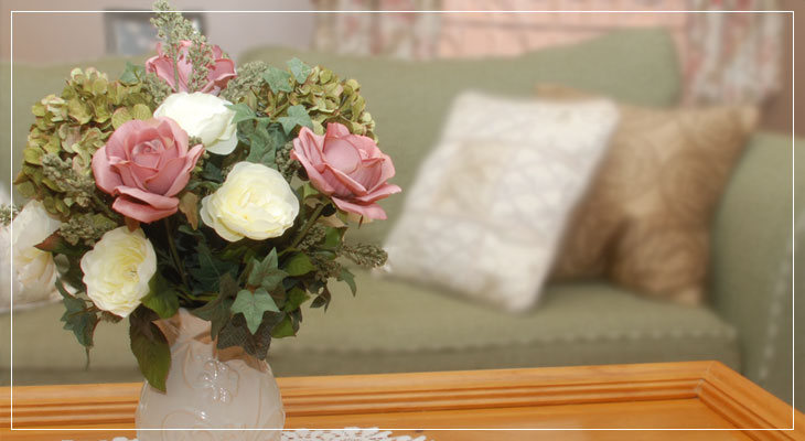 White and Pink Rose Arrangement